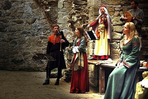 Medieval Concert in Castle Raami Travel.jpg
