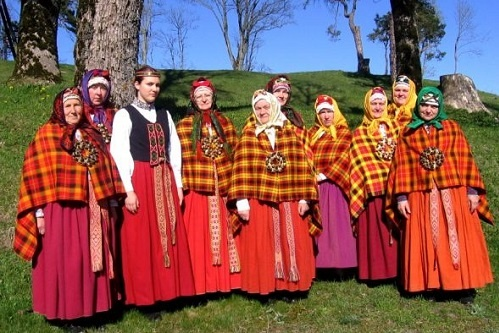 Suits Culture Tours Latvia.jpg